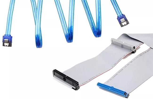 Изображение кабеля SATA и PATA