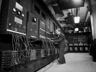 Первый компьютер EDSAC